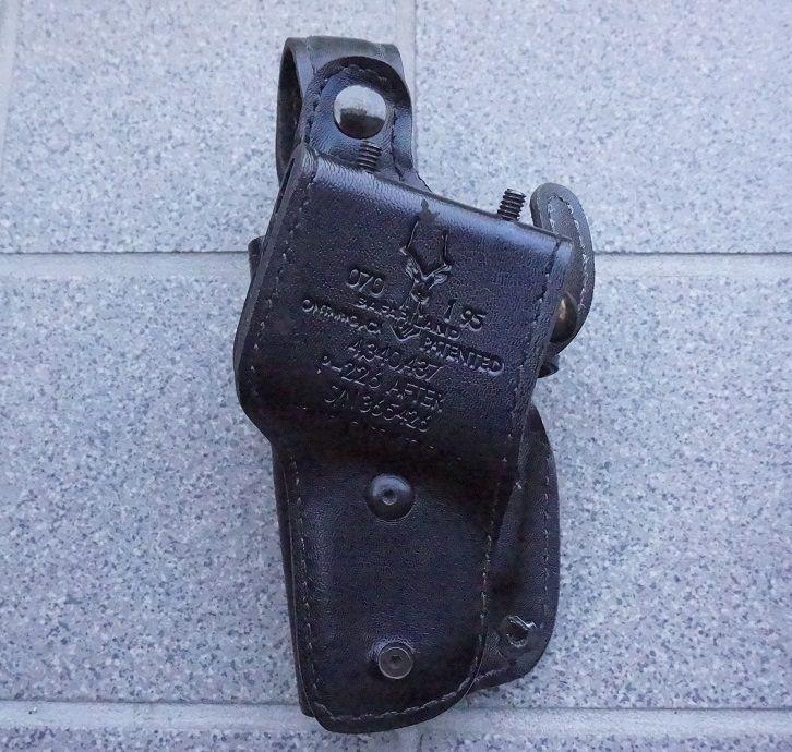 米法執行機関放出サファリランド070ヒップホルスター シグP226用