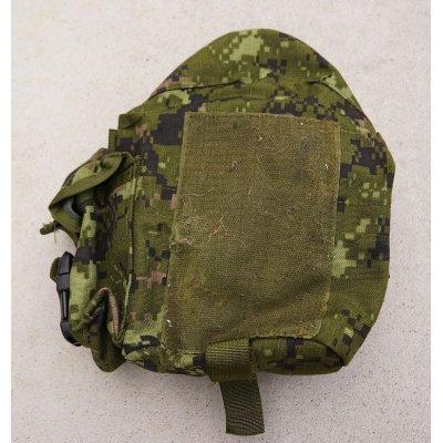 画像2: カナダ軍CADPAT迷彩アサルトベスト用キャンティーンポーチ右用
