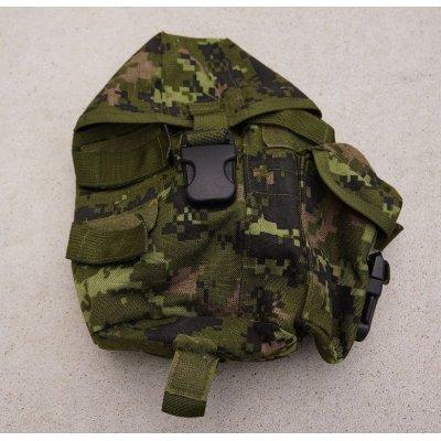 画像1: カナダ軍CADPAT迷彩アサルトベスト用キャンティーンポーチ右用