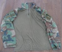 米軍CRYE製ウッドランド迷彩コンバットシャツMEDIUM-REGULAR