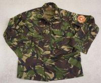 リビア軍イギリス派遣隊員着用DPM迷彩S95シャツ徽章付き新品