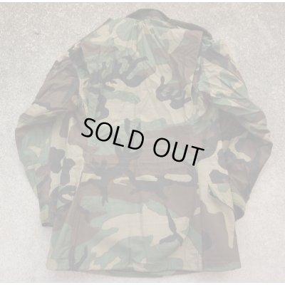 画像2: 米軍M65フィールドジャケット ウッドランド迷彩プラスチックジッパー仕様X-SMALL-REGULAR新品